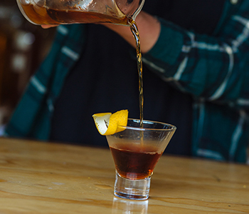 how is pisco made, pisco sour, peruvian pisco, types of pisco, craft pisco, craft liquor, acholado, quebranta, singani, chilean pisco, pisco peru, cocktail recipes, pisco cocktails, how to mix pisco, distilling pisco, copper pot still, pisco production
