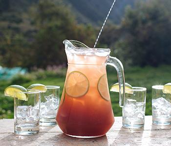 how is pisco made, peruvian pisco, types of pisco, craft pisco, craft liquor, acholado, quebranta, singani, chilean pisco, pisco peru, cocktail recipes, pisco cocktails, how to mix pisco, distilling pisco, copper pot still, pisco production, pisco sour, pisco punch